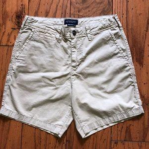 Men's AE khaki shorts, sz. 30, Slim, never worn!